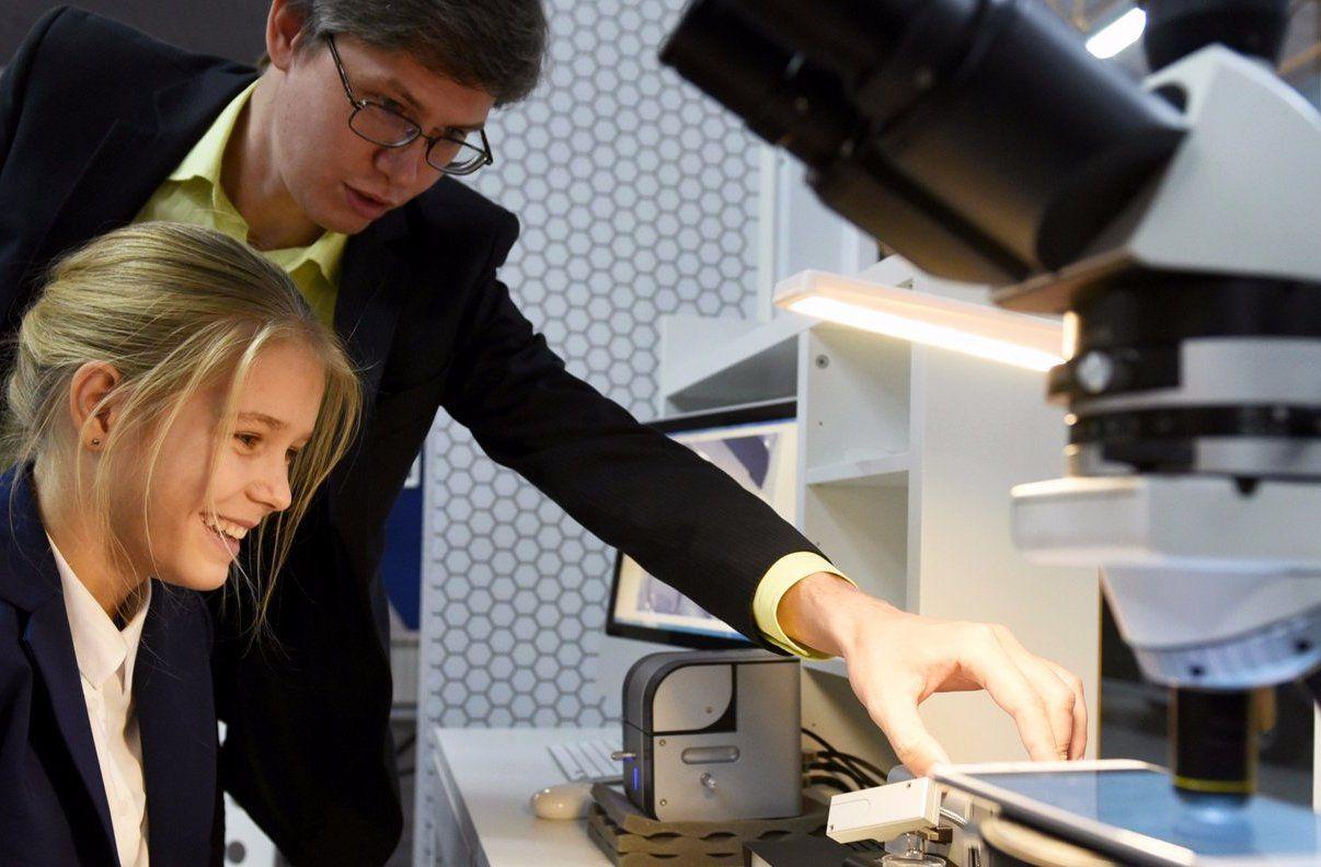 Друзья-мифисты: в Национальном исследовательском ядерном университете проведут iX meetup day