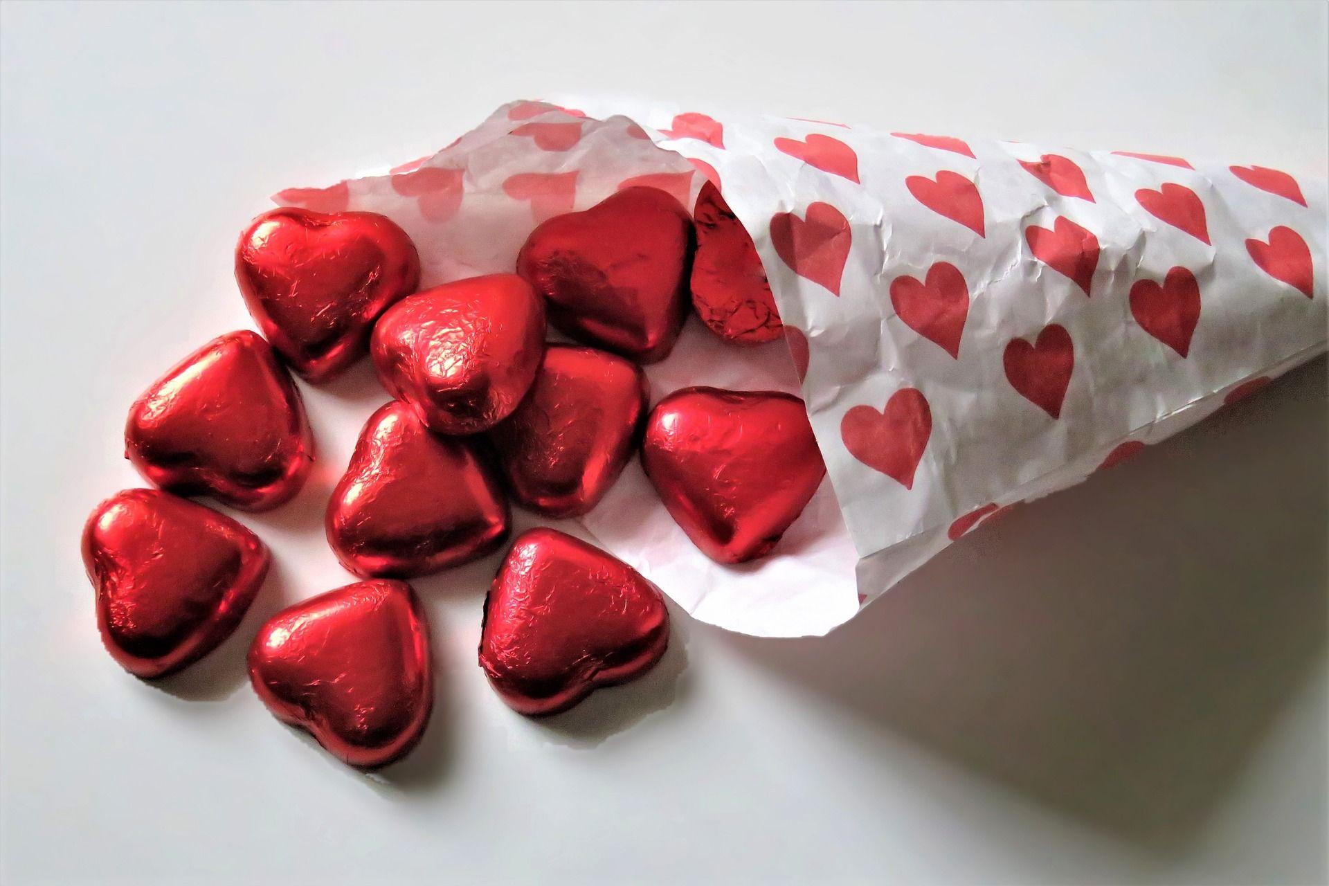 Одиноким москвичам посоветовали порадовать себя в День всех влюбленных