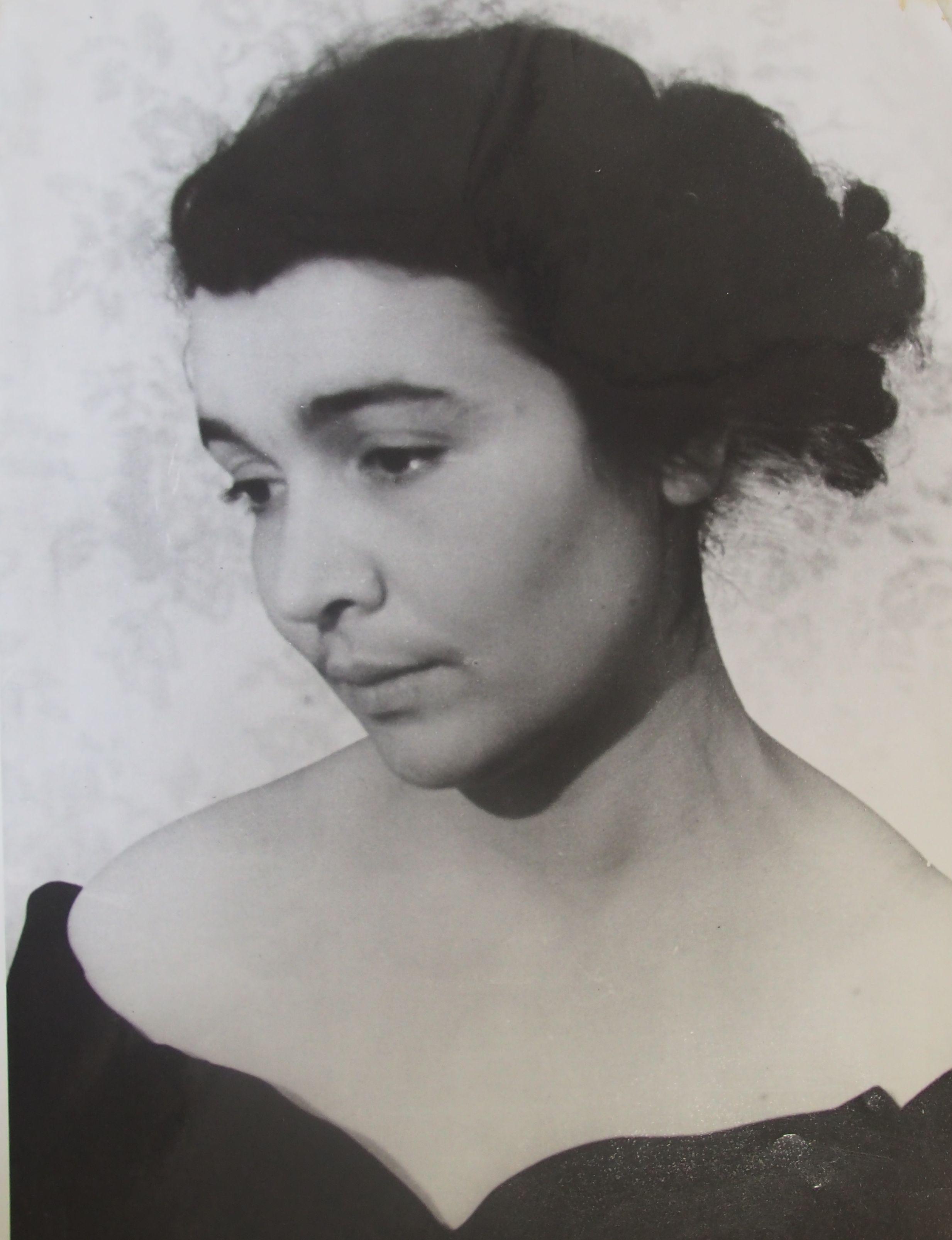 1954 год. Такой была Римма, когда начала работать над проектом домов на Автозаводской. Фото: из личного архива