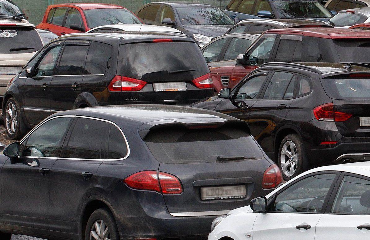 Парковочные карманы более чем на 2340 мест появились в Москворечье-Сабурове