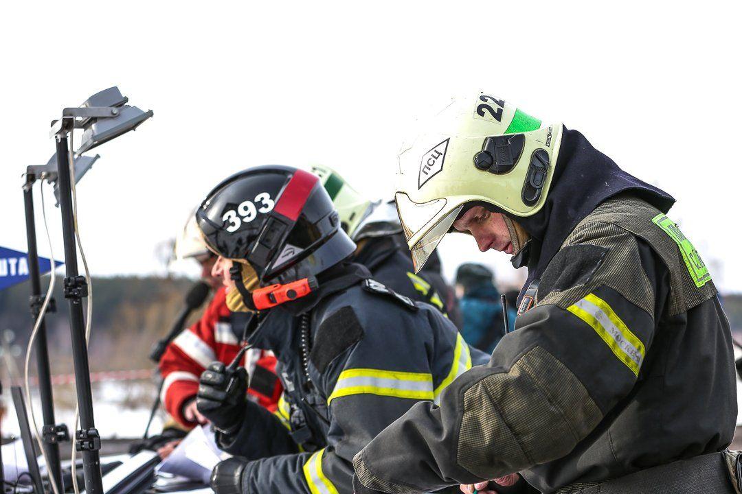 Экстренные службы Москвы провели учения по подготовке к весеннему половодью