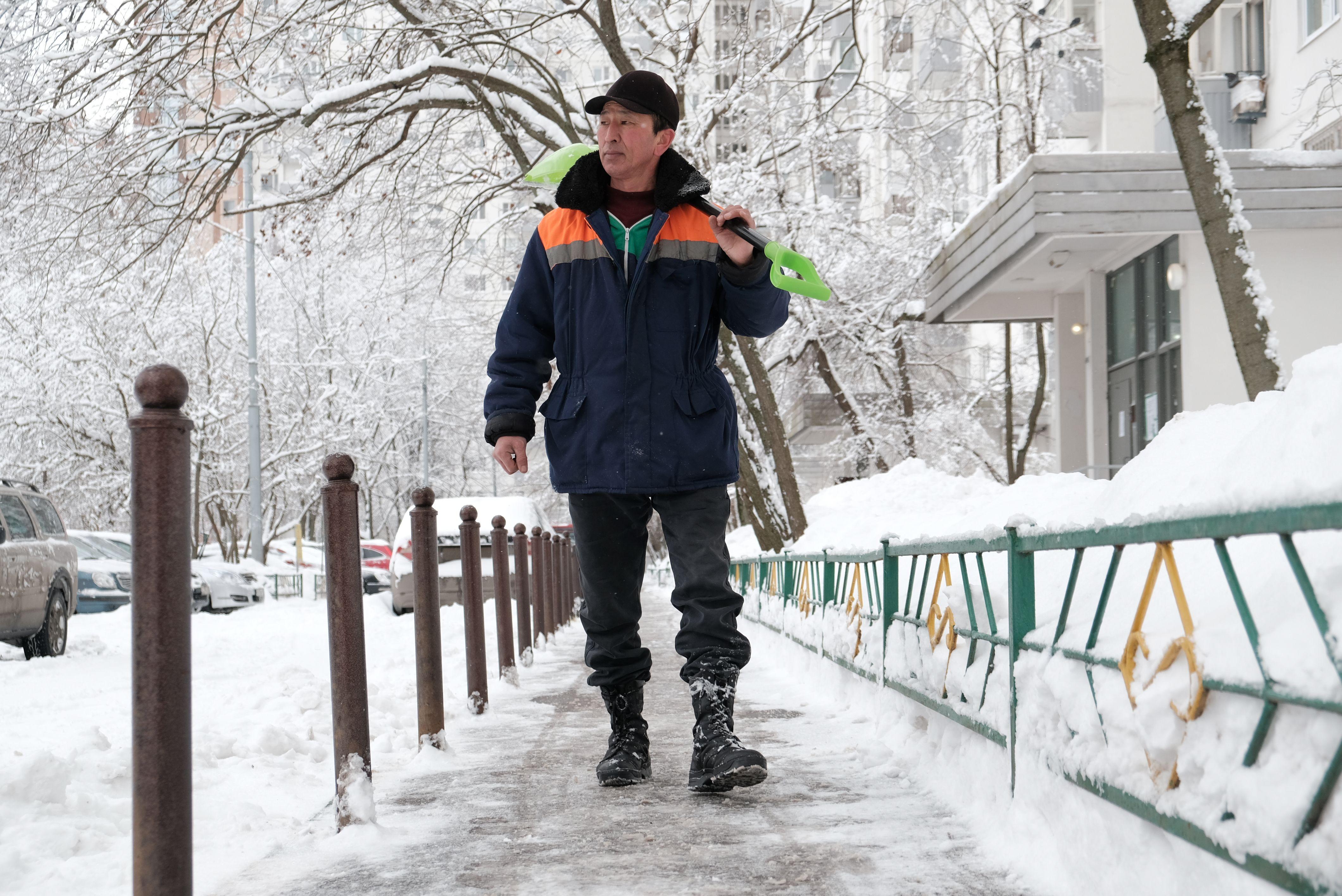Московские сугробы потеряли пять сантиметров за день