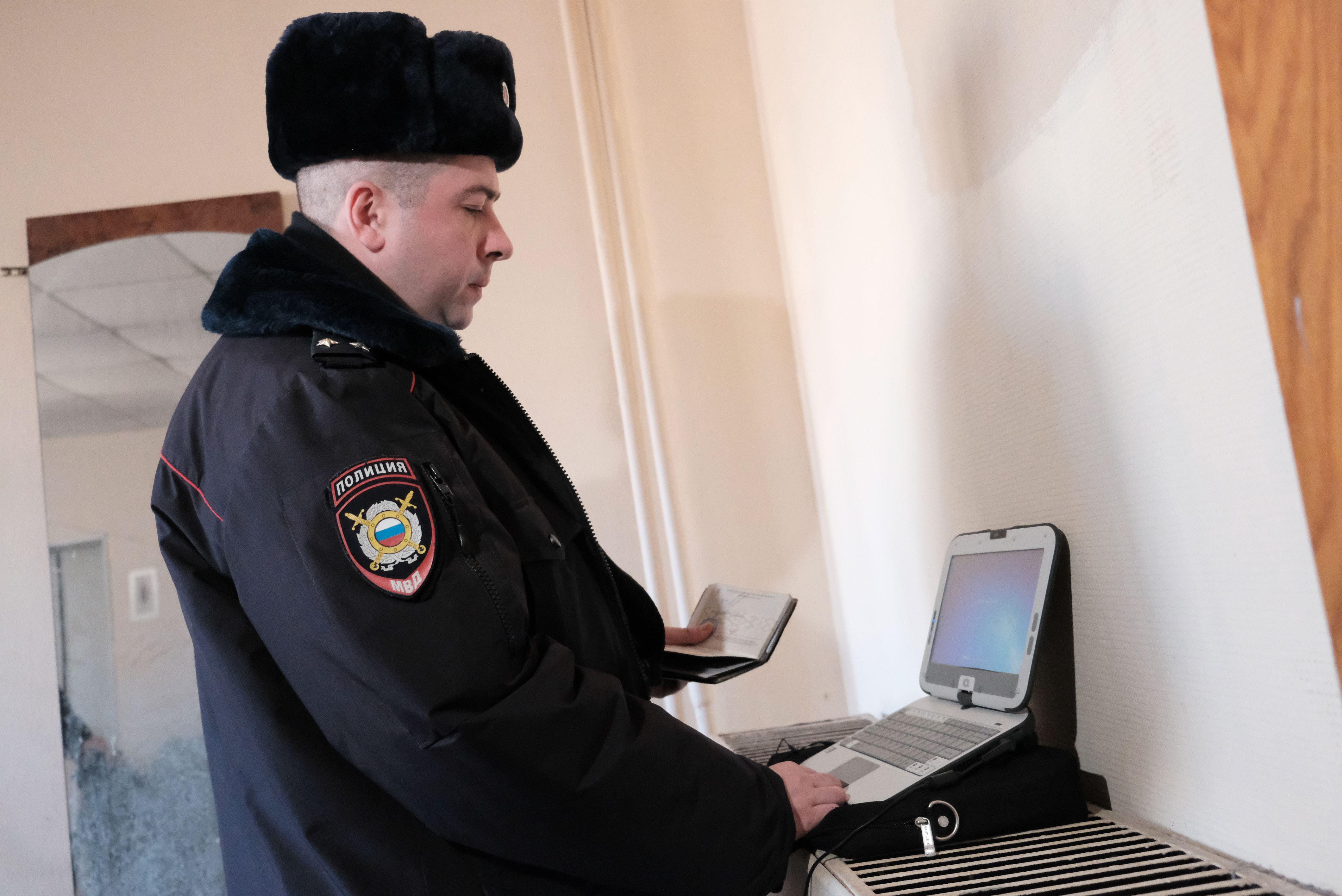 Уголовное дело возбудили после кражи двух тысяч долларов и пылесоса на юго-востоке Москвы