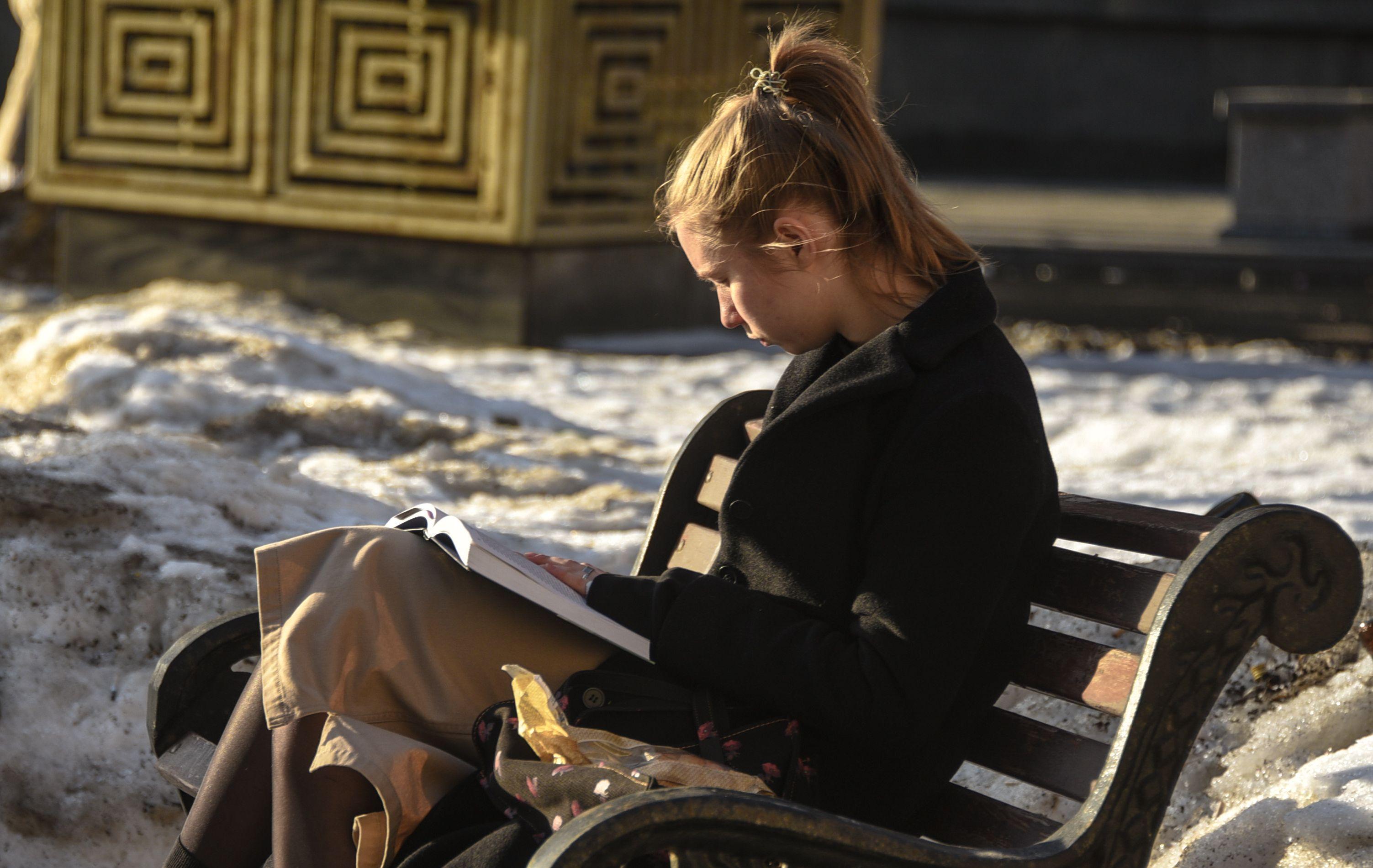 Москвичам пообещали таяние снега к концу недели