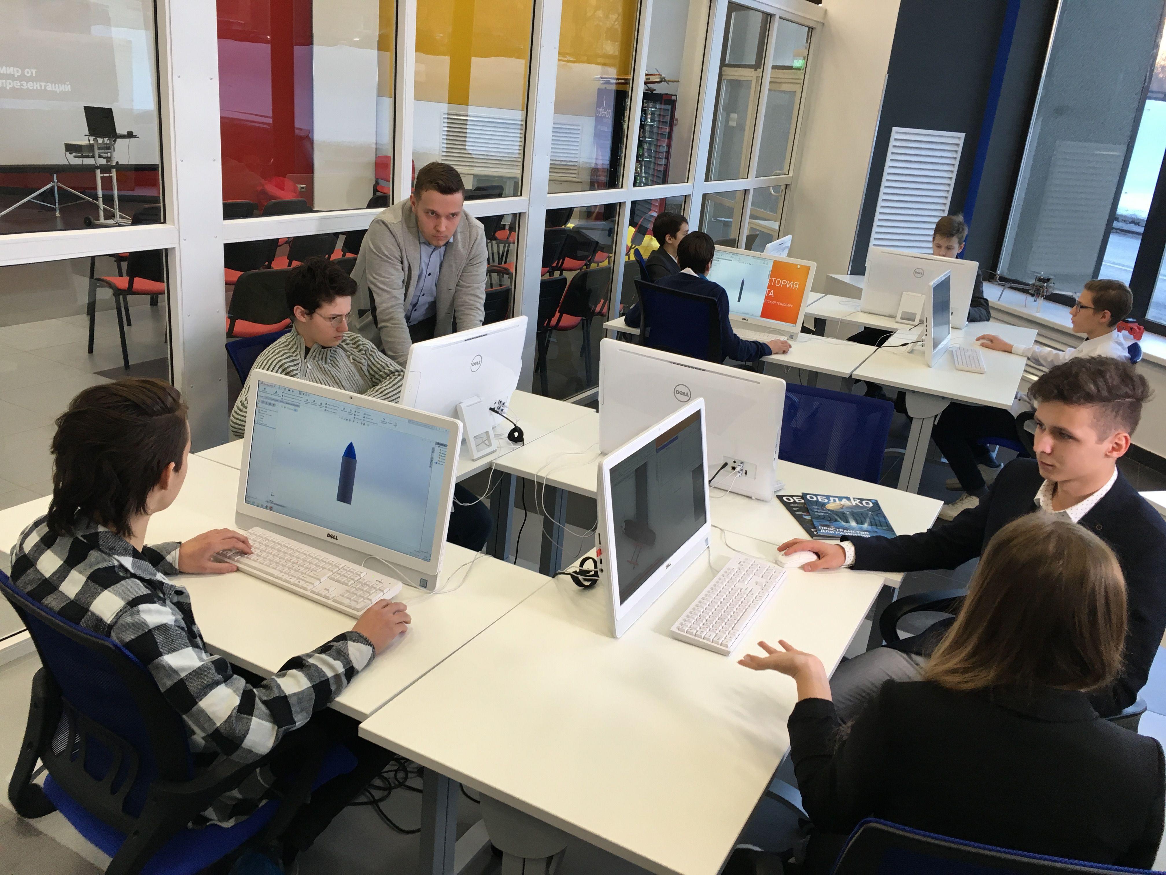 В Москве выпускники технопарка получат дополнительные баллы при поступлении в МГТУ