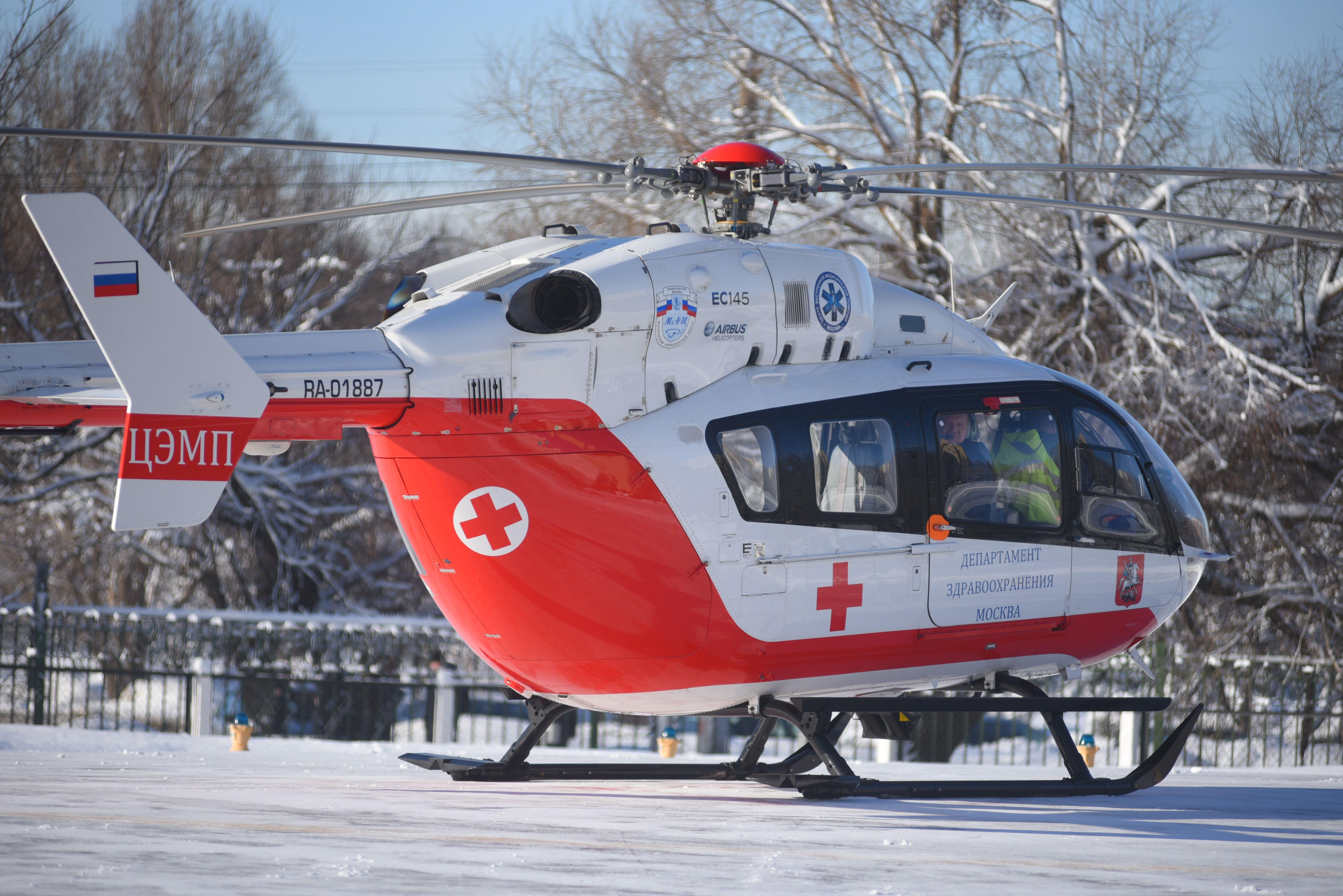 Вертолеты санитарной авиации спасли более тысячи жизней