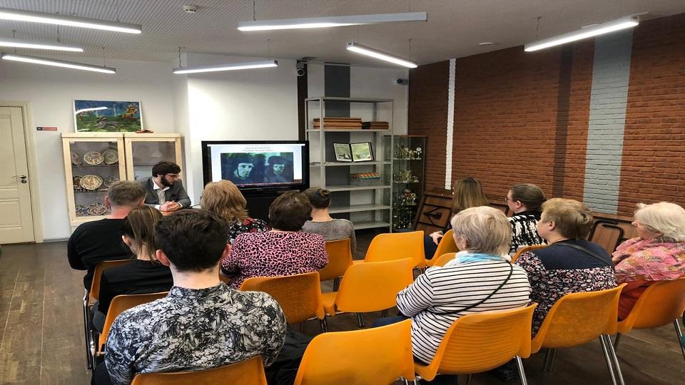 Посетителям Культурного центра «Дружба» рассказали про документальное кино