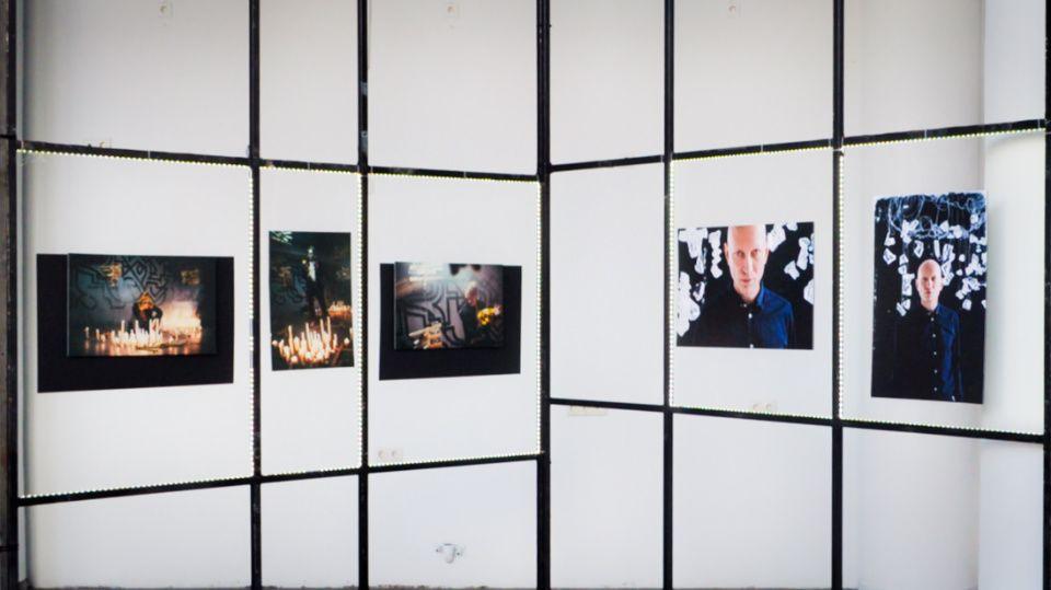 Выставку «Алхимия» продлили в Культурном центре «Зил»