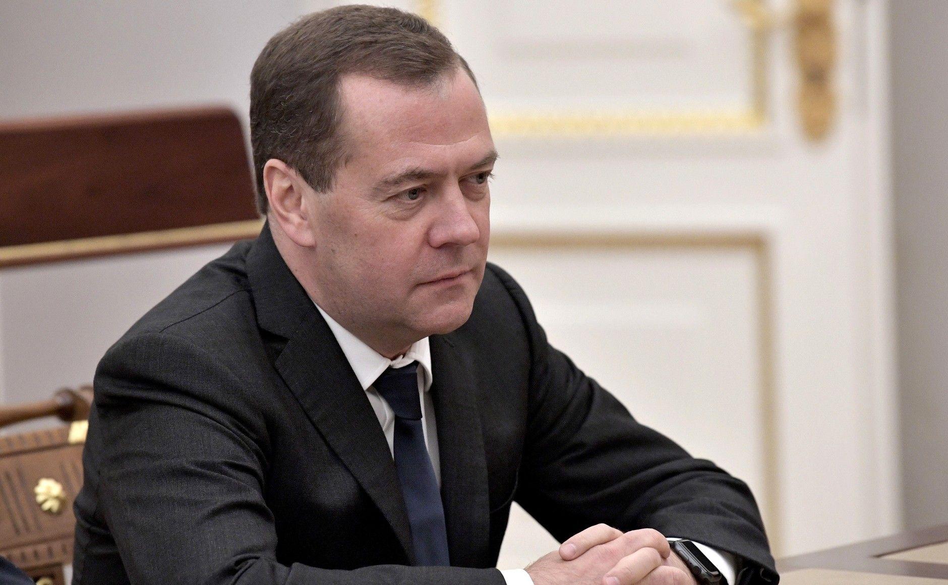 Дмитрий Медведев санкционировал открытие инновационного центра при МГУ