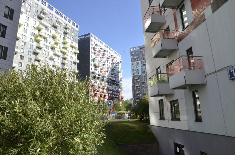 Территорию рядом с двумя домами на Коломенской улице благоустроят в весенне-летний период
