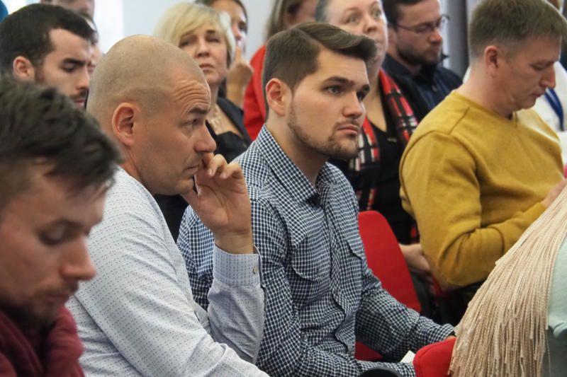 Круглый стол на тему: «Обсуждение конкурсных заявок/проектов на предоставление грантов Мэра Москвы СО НКО»