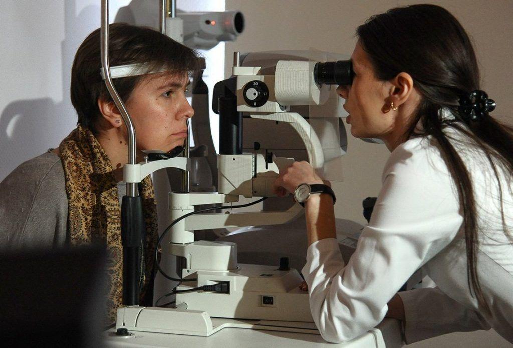 Более чем в пяти поликлиниках юга жители смогут пройти обследование на выявление глаукомы. Фото: сайт мэра Москвы
