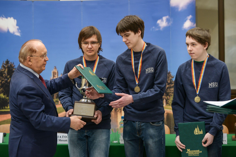 Ученики школы №851 выиграли олимпиаду по технологии