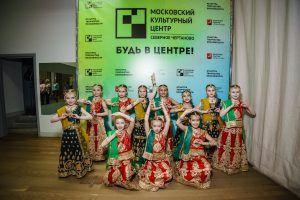 Галит Лебединская преподает индийские танцы уже 14 лет. Фото: Антон Гончаренко