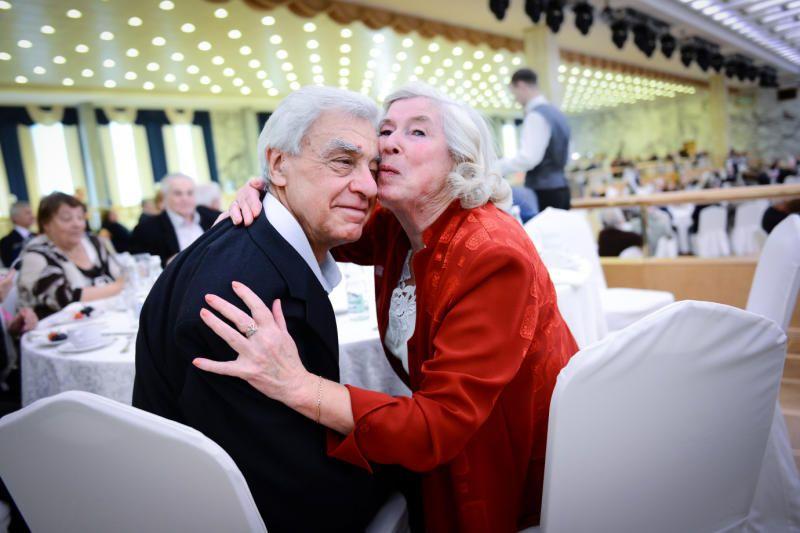 Чествование пар «Московского долголетия» проведут на юге