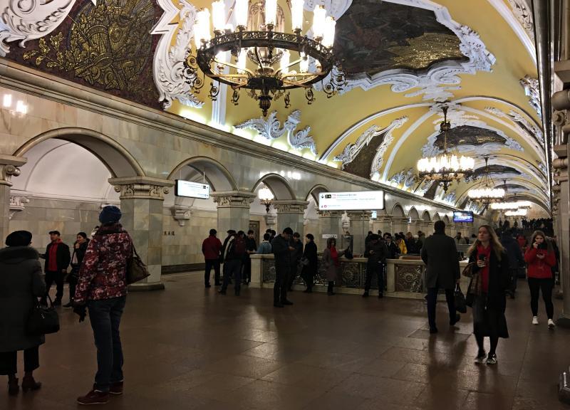 Движение на красной ветке метро восстановлено. Фото: Анна Быкова