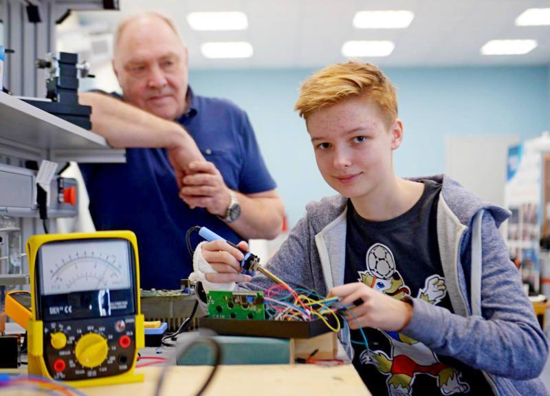 Столичные школьники выступили на конференции «Инженеры будущего»