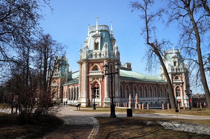 Журналист Юрий Сапрыкин проверит знания русского языка у посетителей «Царицына»