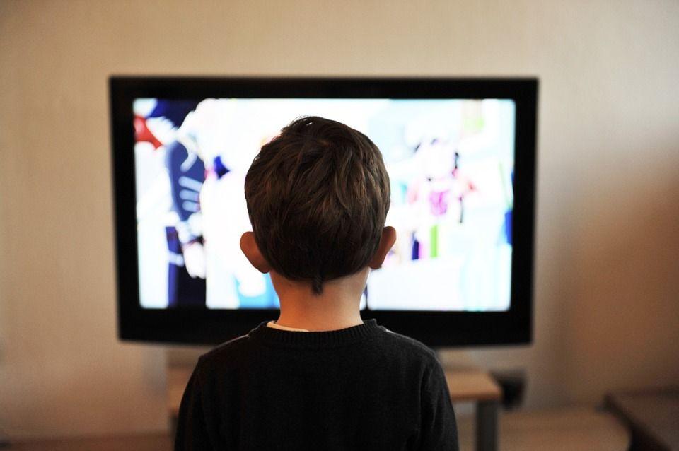 Почти 500 москвичей получили компенсацию за приставку для цифрового ТВ