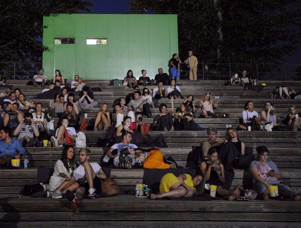 Кинотеатр под открытым небом появится в Бирюлевском дендропарке