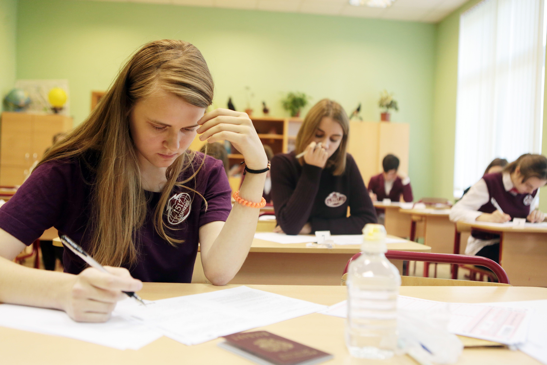 Московские врачи предупредили выпускников об опасности успокоительных средств