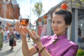 Гости смогут попробовать особый чай. Фото: Наталья Феоктистова, «Вечерняя Москва»