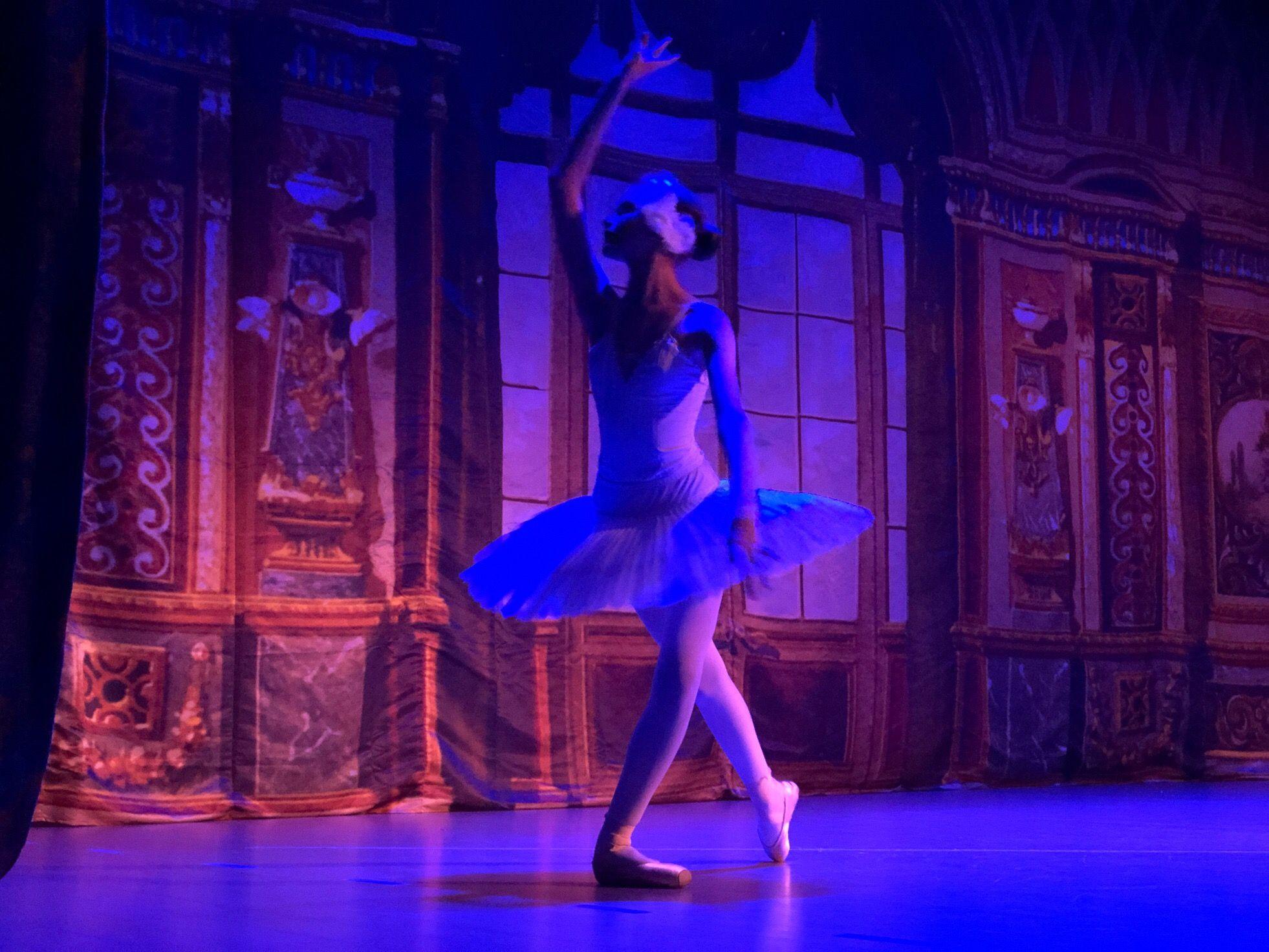 Вариации из балета «Спящая красавица» показали воспитанники студии 32 Fouette