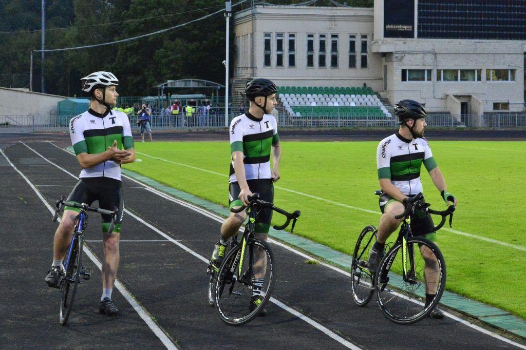Спортсмены велоклуба «Торпедо» организуют открытую тренировку. Фото: официальное сообщество Добровольного спортивного общества «Торпедо» Вконтакте