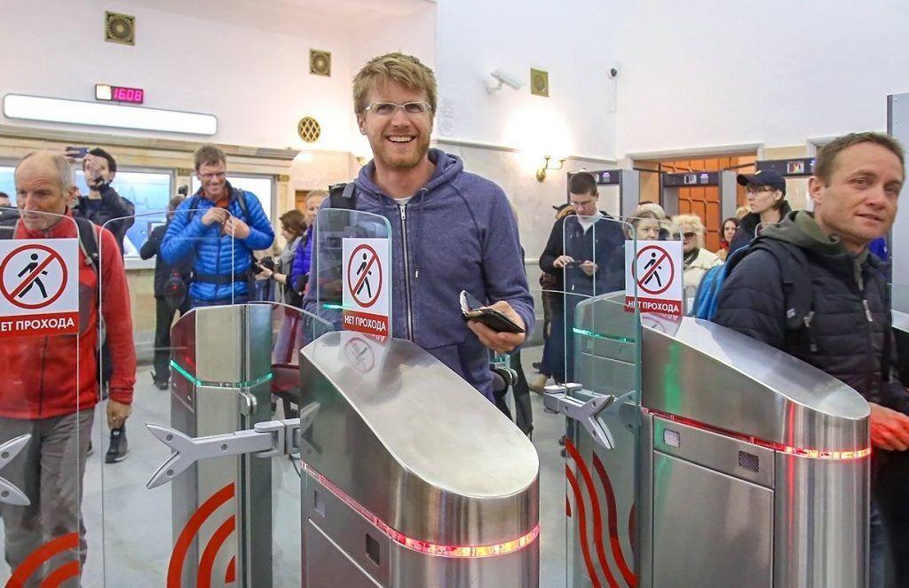 Свыше миллиона человек воспользовались бесконтактным способом оплаты проезда в метро и МЦК. Фото: сайт мэра Москвы
