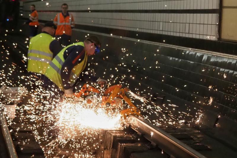 Кольцевую линию метро до лета подготовят для перехода на бесстыковой путь