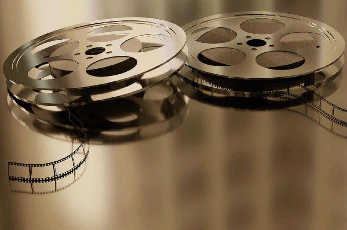 Пассажирам наземного транспорта расскажут о создании легендарных российских фильмов