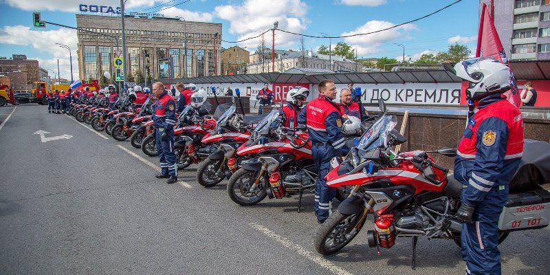 Московские спасатели показали мастер-класс на Мотофестивале-2019