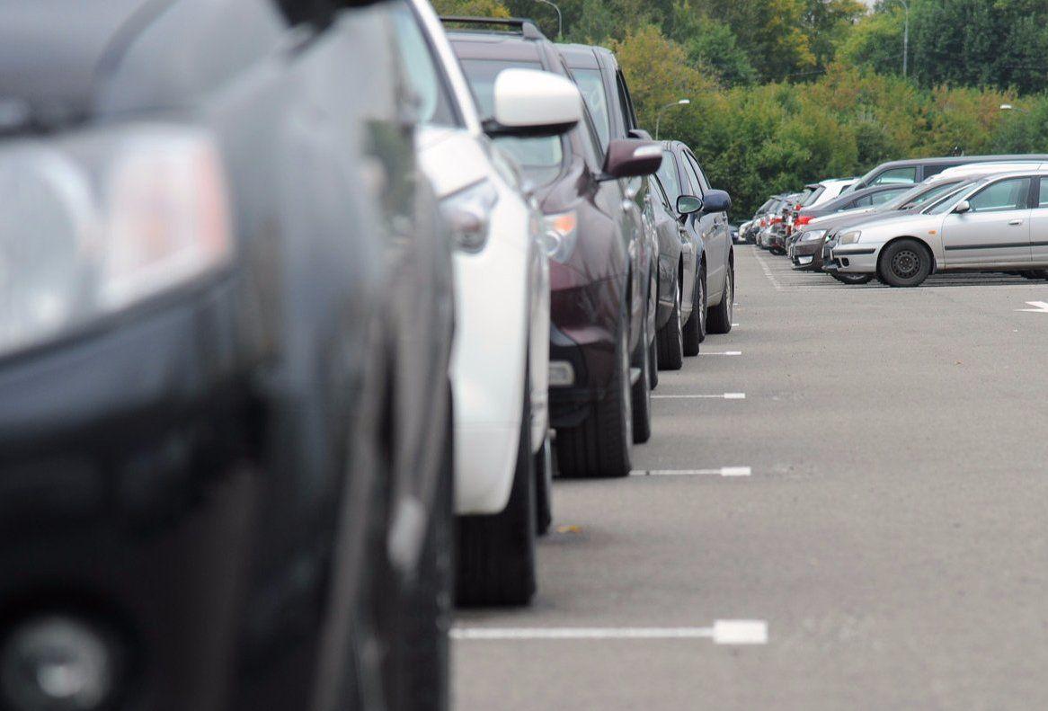 Максим Гаман: москвичи могут арендовать в Южном округе столицы  462 городских машиноместа без участия в торгах