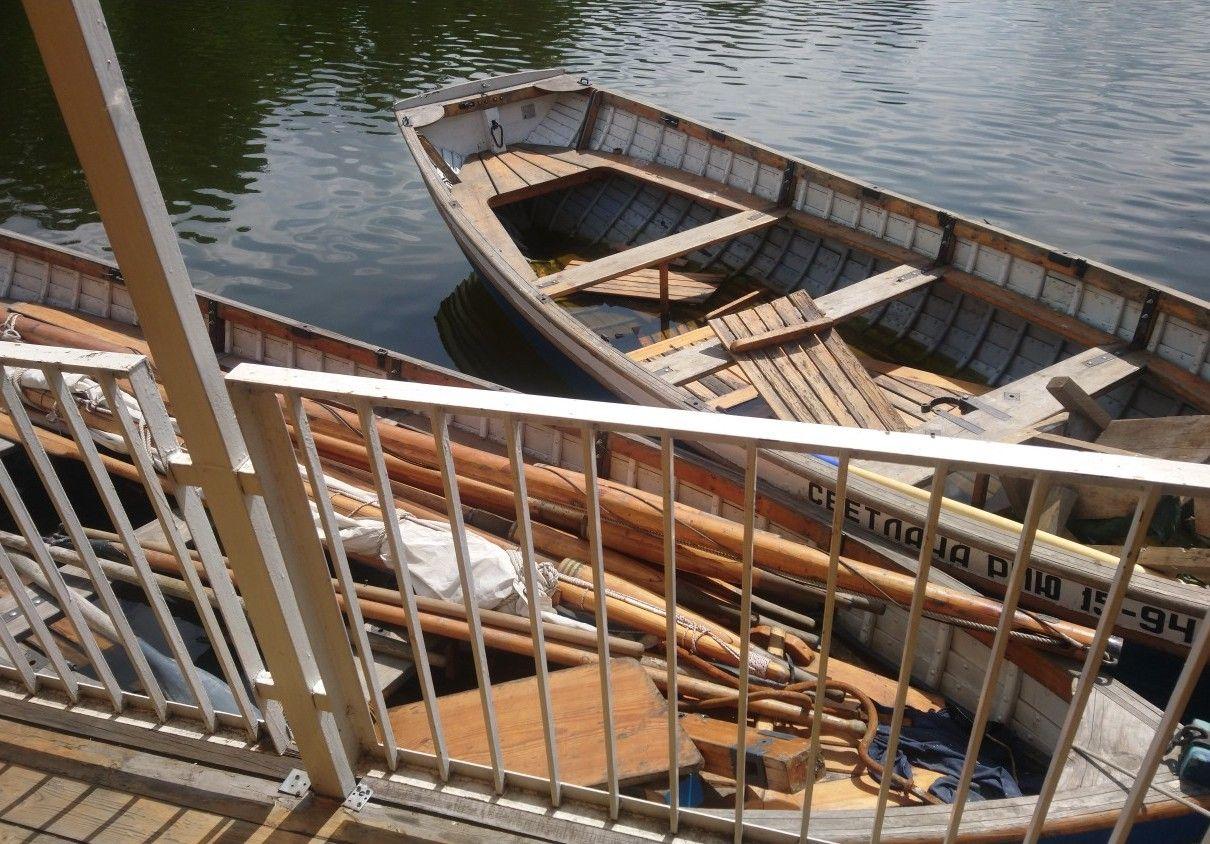 Курсантам Московской академии водного транспорта организовали практику на шлюпках «Светлана» и «Олег»