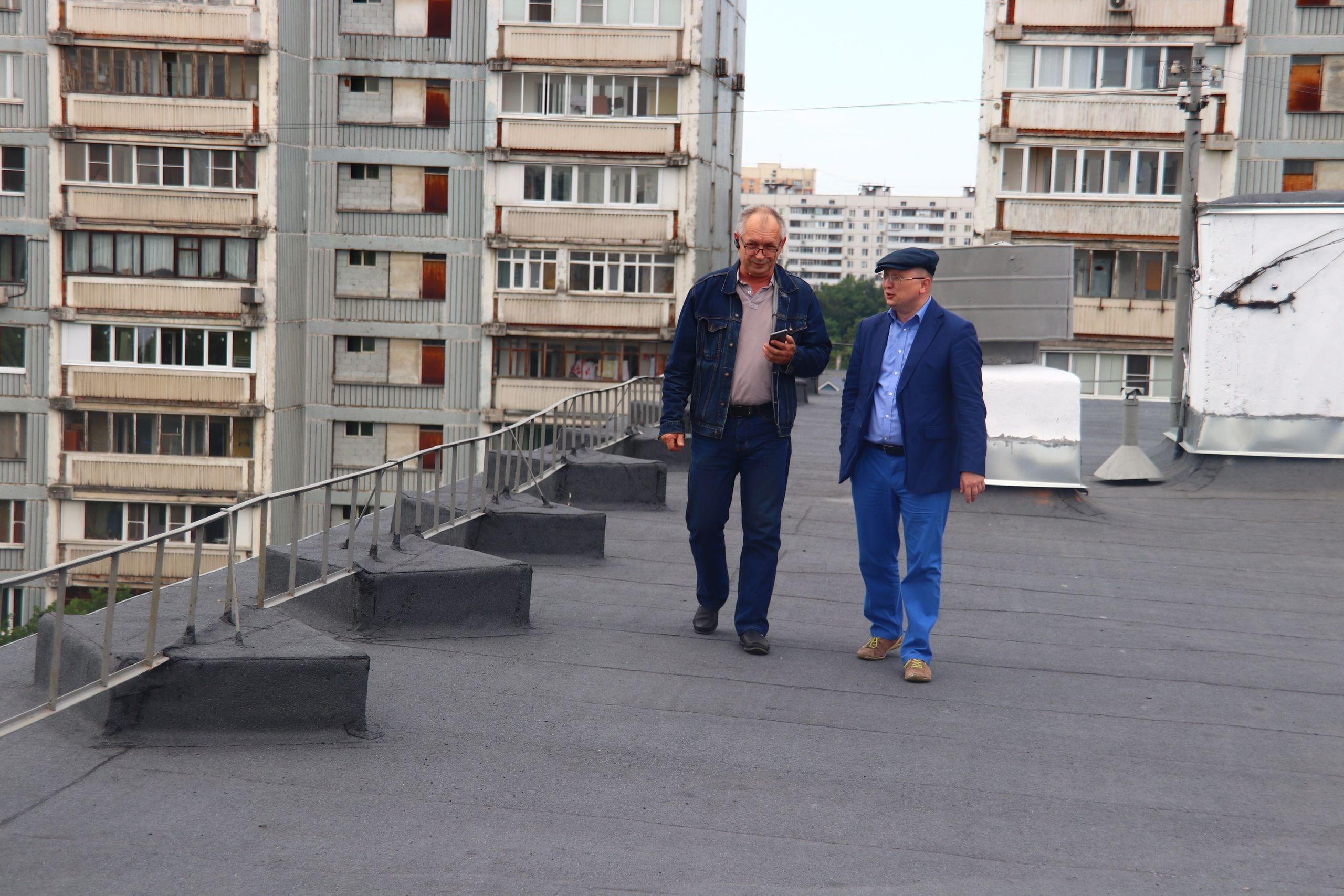 Проверку крыш после ливня организовали в Орехове-Борисове Южном