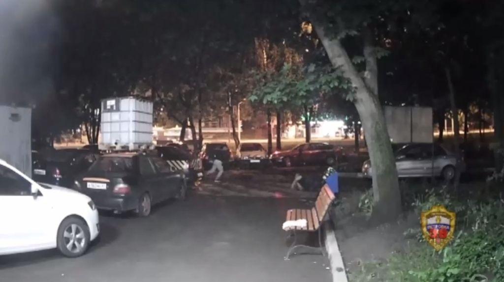 Полицейские юга столицы задержали подозреваемого в ограблении мужчины