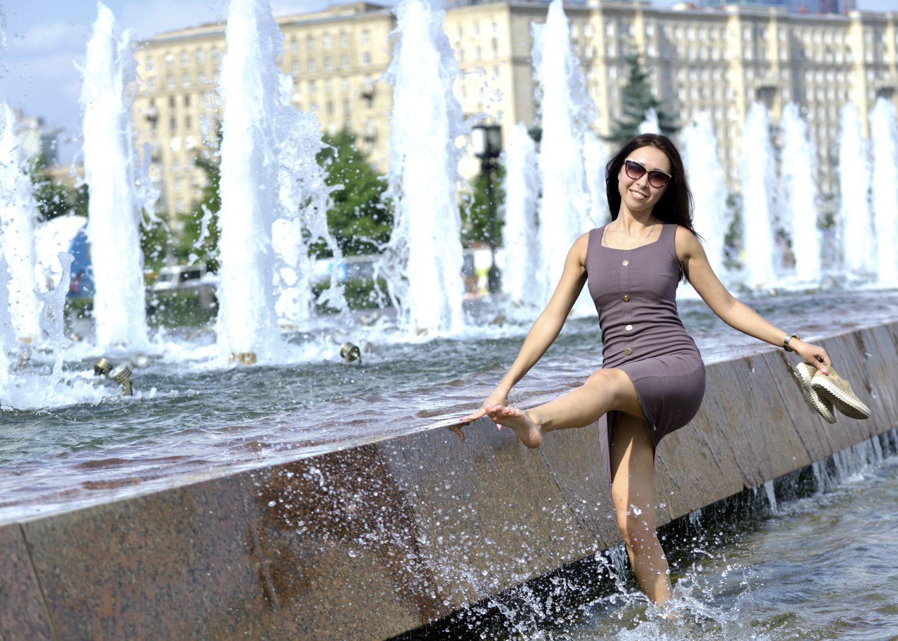 Синоптики признали четверг самым жарким днем года в Москве