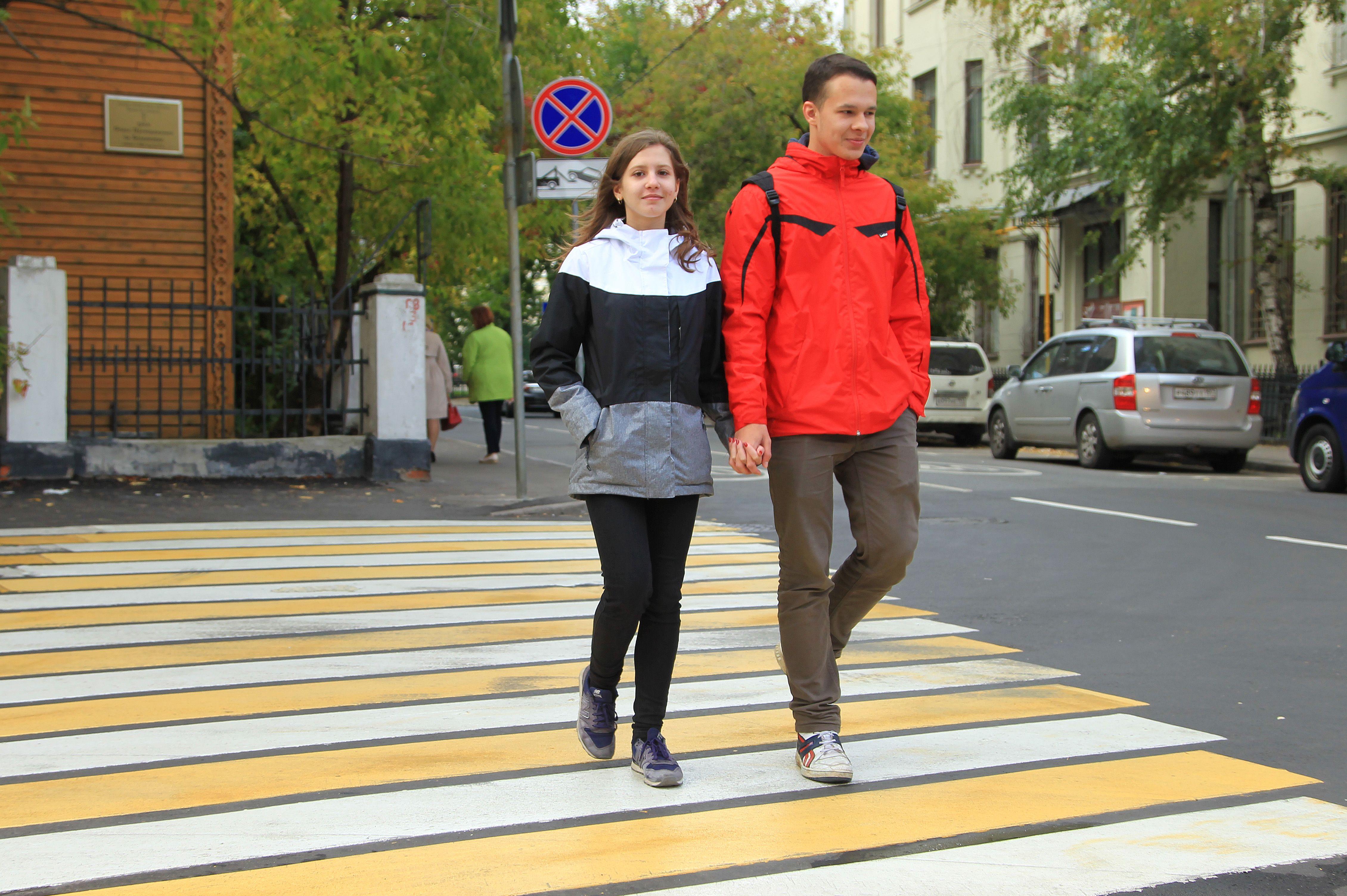 Новые пешеходные переходы появились на юго-западе Москвы