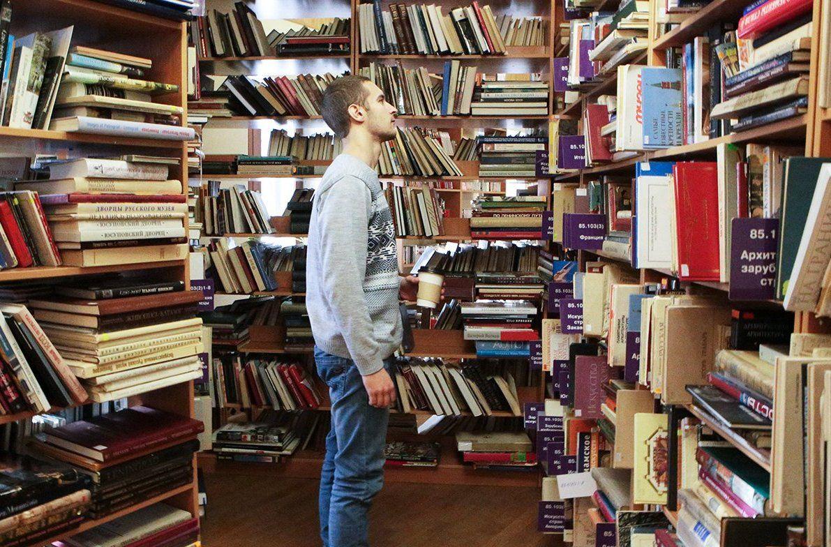 Более 55 тысяч книг раздадут горожанам библиотеки Южного округа