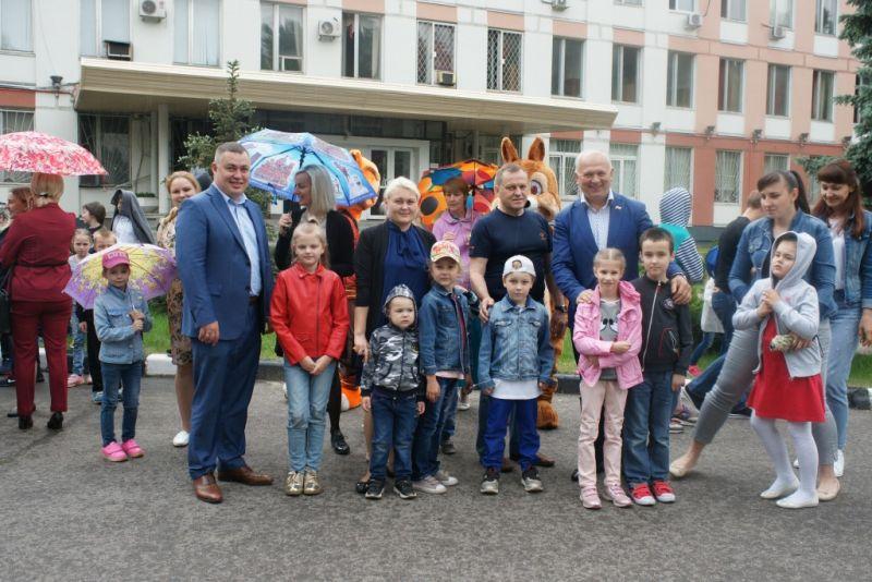 Праздник, посвященный Международному дню защиты детей, организован в УВД по ЮАО