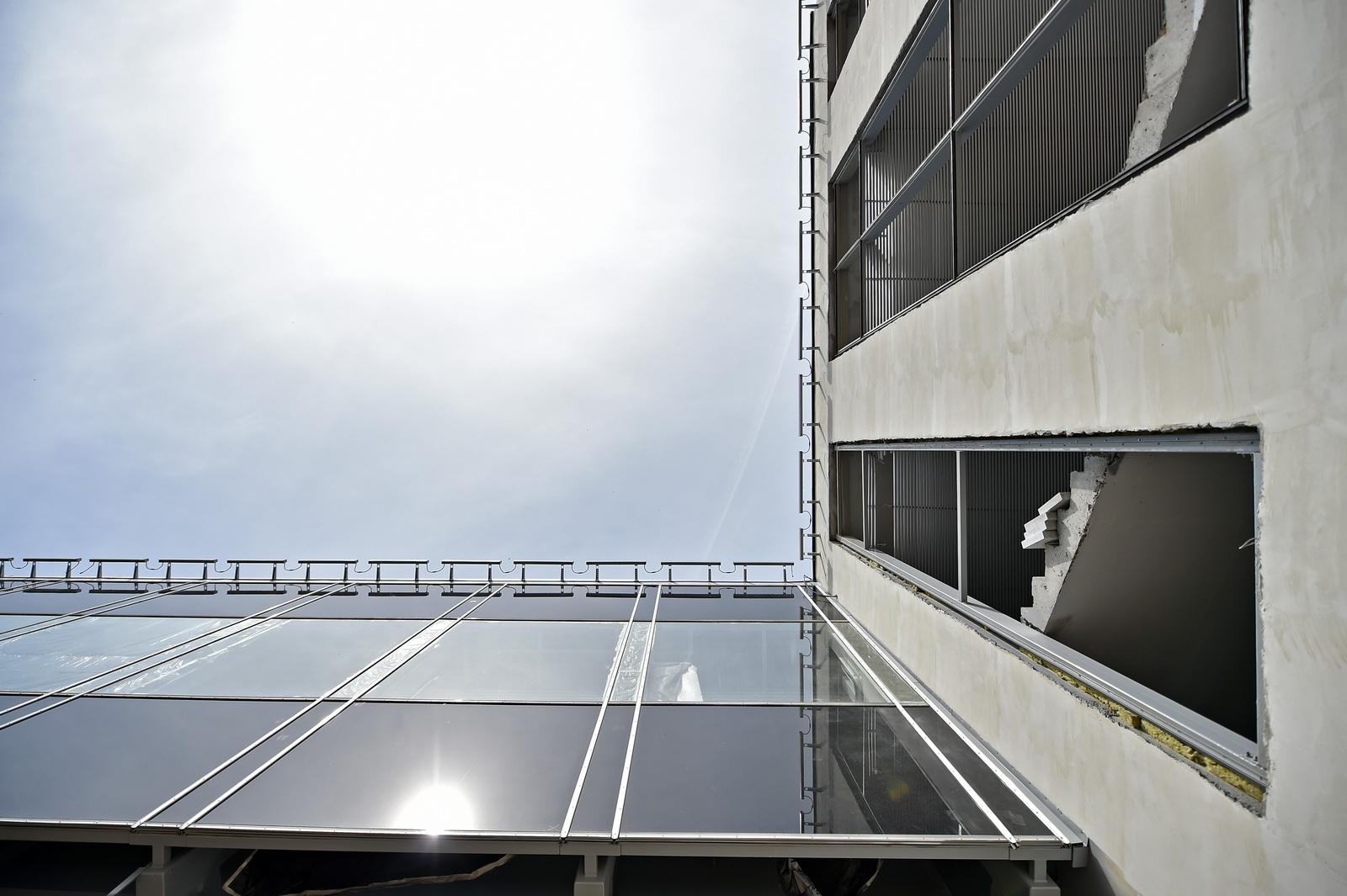 Для посетителей «Острова мечты» открыли переход с траволаторами. Фото: сайт Комплекс градостроительной политики и строительства города Москвы