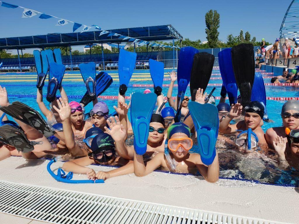 27 июня 2019 года. Юные воспитанники клуба подводного плавания «Косатка» на летнем отдыхе в Евпатории. Фото из личного архива воспитанников клуба «Косатка»