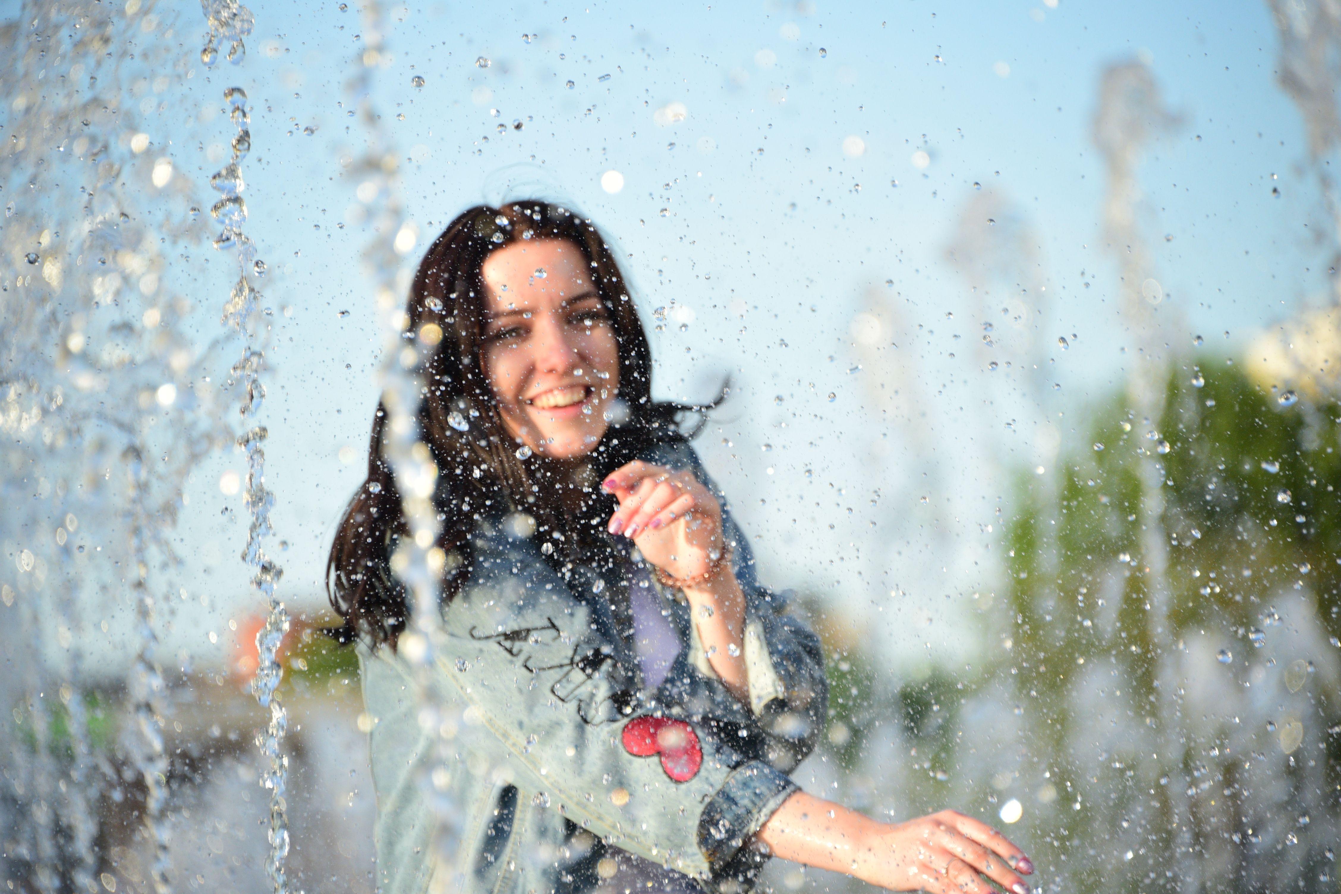Сухой фонтан открыли в парке 70-летия Победы