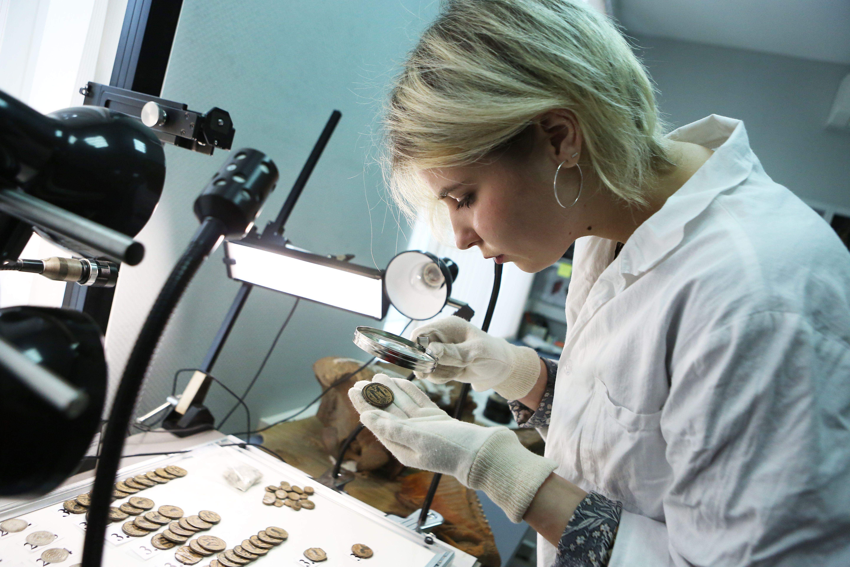 Археологи Москвы нашли клад времен революции