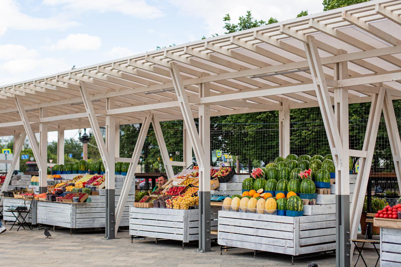 Посетители Даниловского рынка приобретут продукты на свежем воздухе