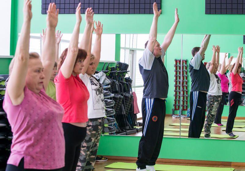 Участник «Московского долголетия» похудел на 30 кг благодаря йоге и фитнесу