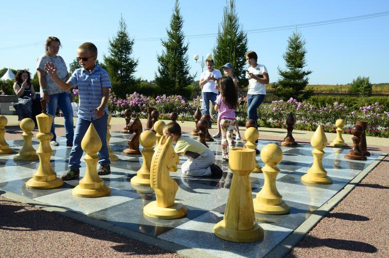 В субботу на ВДНХ и в Парк Горького пришли более 270 тысяч гостей