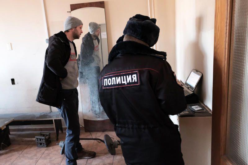 На юге столицы сотрудники полиции задержали подозреваемую в попытке кражи из магазина