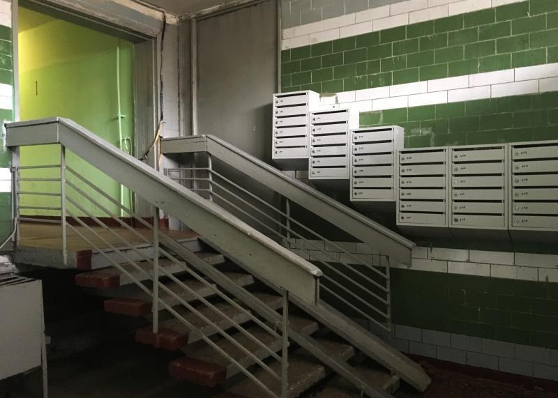 Целостность опечатанных дверей подвалов и чердаков проверят по пяти адресам в Нагатинском Затоне