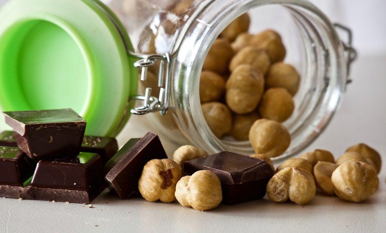 Москвичам назвали полезную дозу шоколада для мозга